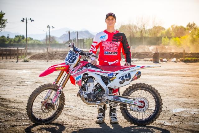 Husqvarna World MX 2015 Team Shoot | MCNews.com.au